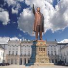 Pomnik Smoleński nie stanie na Krakowskim Przedmieściu